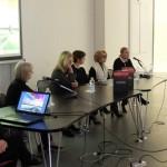 Viana Conti (Critico d'Arte e giornalista), Federica Marangoni (Artista), Silvana Annicchiarico (Direttrice del Triennale Design Museum), Gisella Gellini (Docente al Politecnico di Milano - Design della luce) e Christine Enrile (Gallerista)